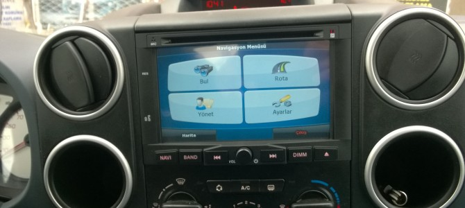 Peugeot Partner Tepee navigasyon multimedya cihazı